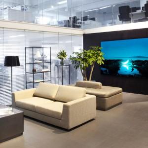 Art contemporain en entreprise pour décorer vos halls d'accueil - Arts Affaires